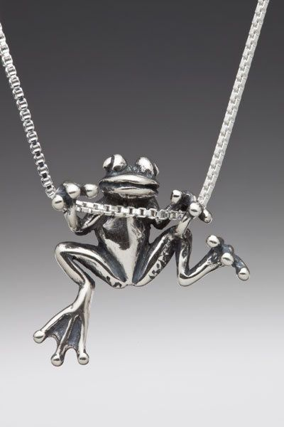 Marty Magic Tree Frog Charm
