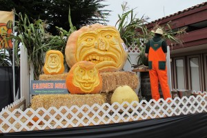 Giant Pumpkin Carving, Half Moon Bay Festival